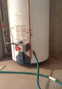 flushing-draining-a-hot-water-heater